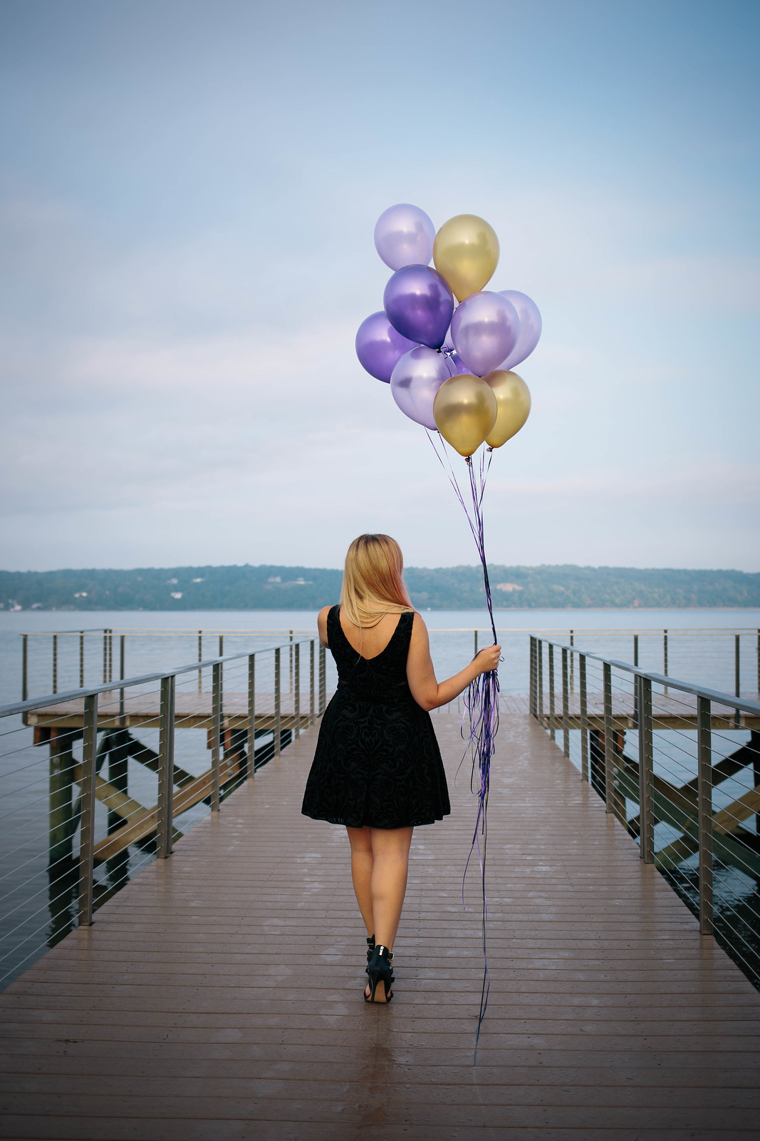30th Birthday Balloons Photoshoot Ideas