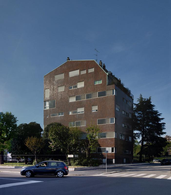 the discreet charm of luigi caccia dominioni: piazza carbonari 1960-1962
