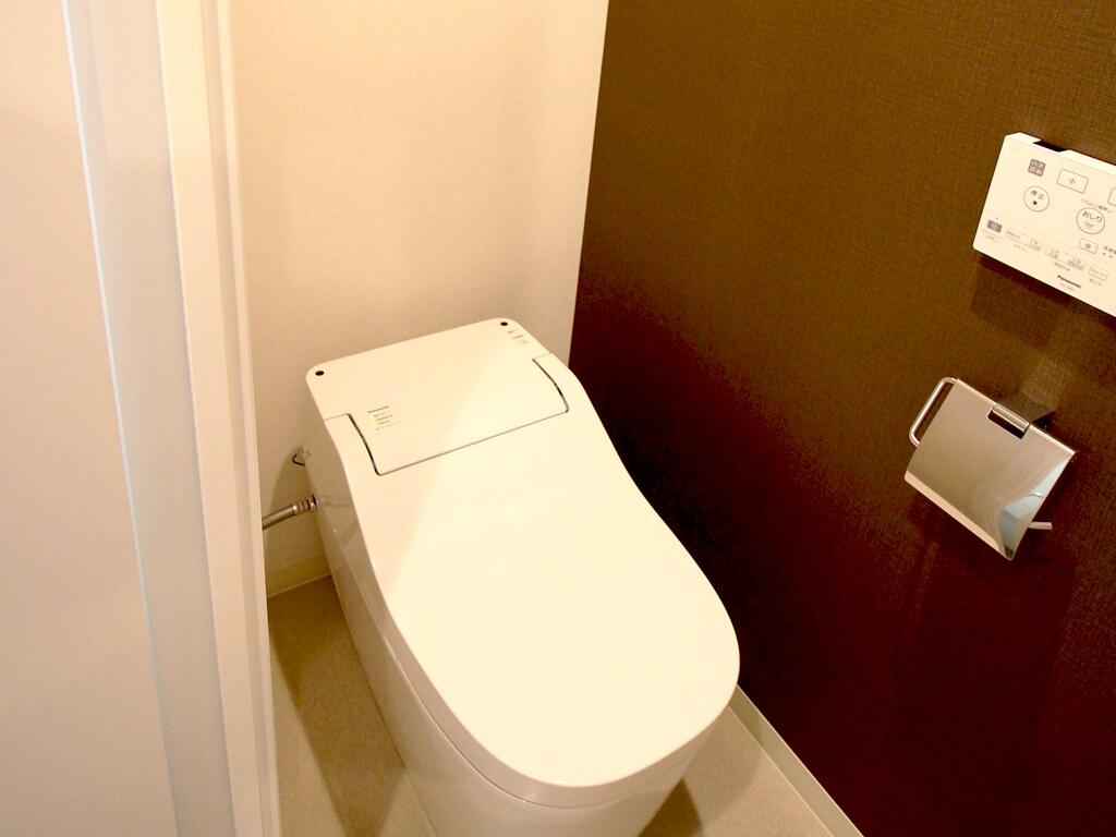 リノベーション後・一人で落ち着ける空間トイレ