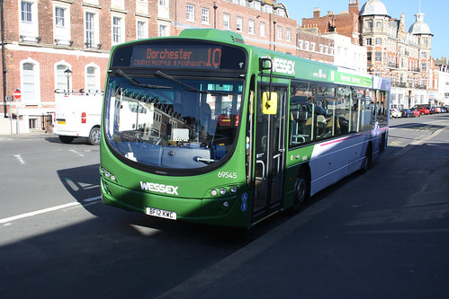 First Hampshire & Dorset 69545 BF12KWC