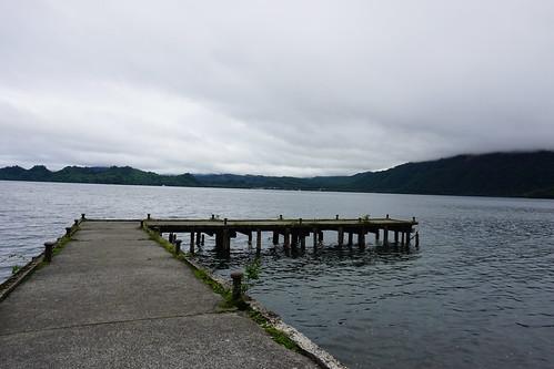 高度を下すとやっと見えた湖