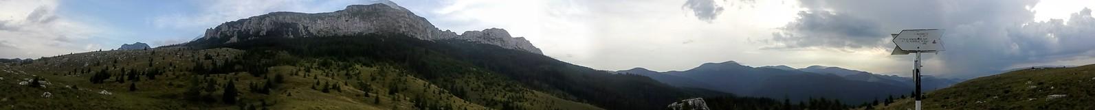 Panorama din Poaian Gutanu