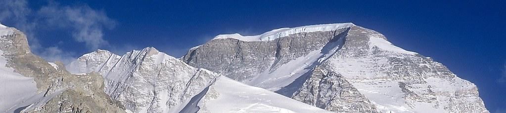 Expedition Cho Oyu. Cho Oyu mit Nordwest-Flanke. Foto: Günther Härter.