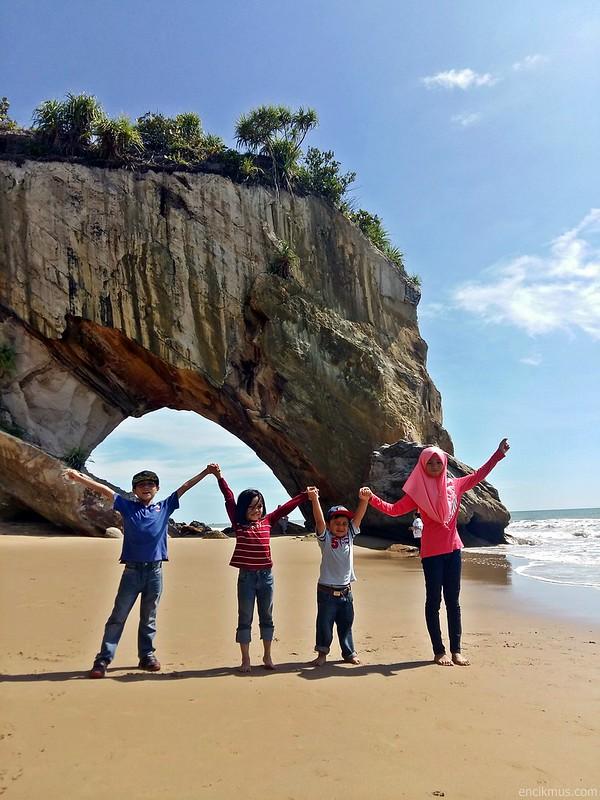 Tusan Cliff, Miri, Sarawak (14)