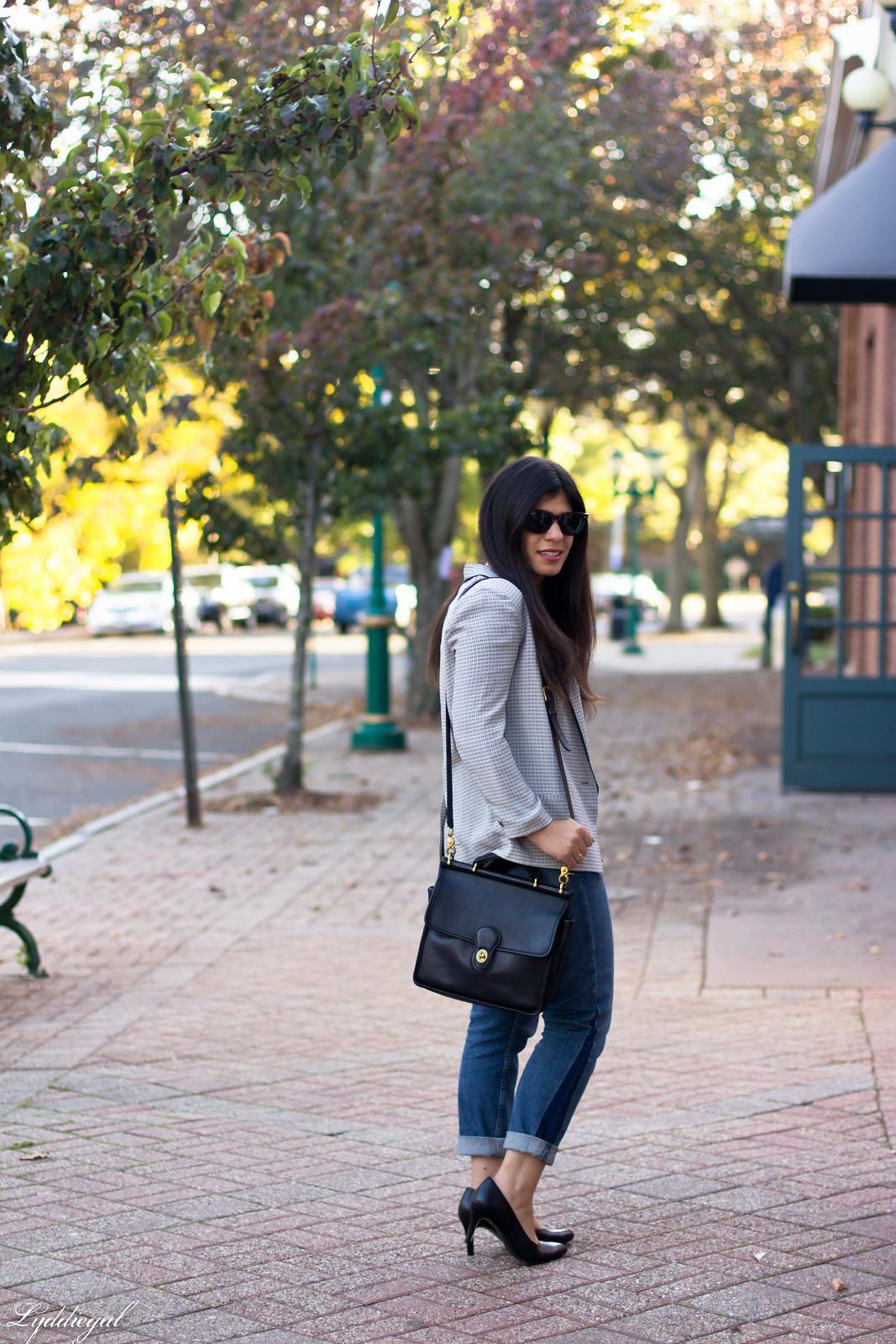 silk printed blazer, scalloped cammi, boyfriend jeans-3
