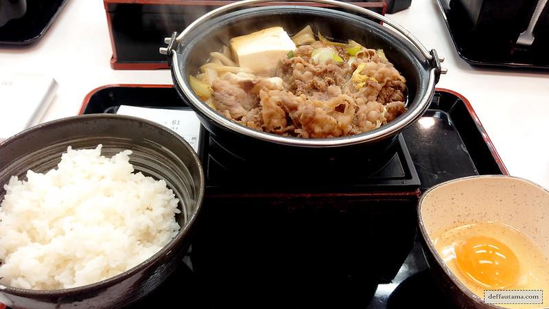 3 Hari Keliling Kyoto - Yoshinoya Beef Set