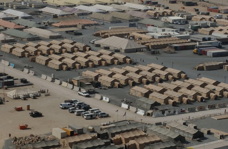 القاعدة الأمركيية في الكويت