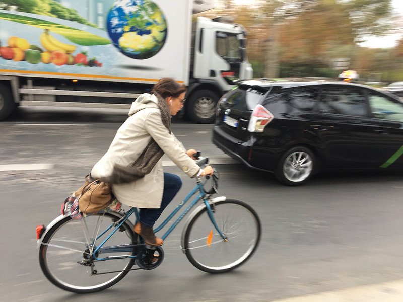 Paris bikes and street scenes-84.jpg