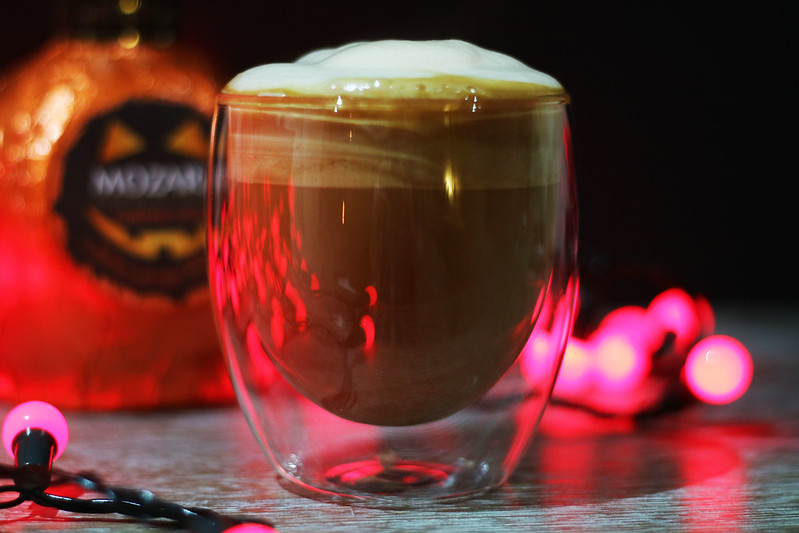 Boozy pumpkin spice latte Pettygreentea Halloween