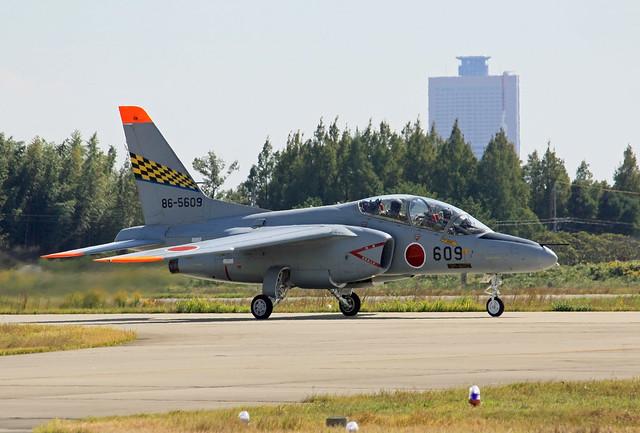 第1航空団 第31教育飛行隊 T-4 86-5609 IMG_4177_2