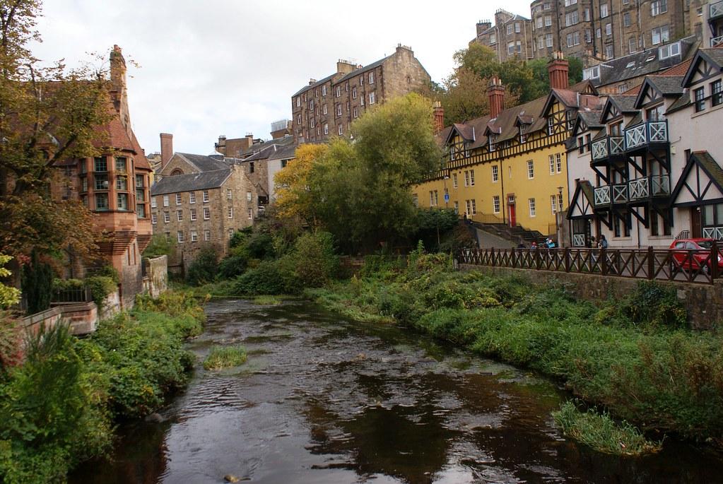 Village de Dean à Edimbourg le long de la rivière Water of Leith.