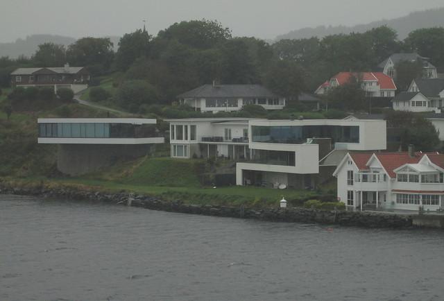 Moderne Style at Karmsund Strait