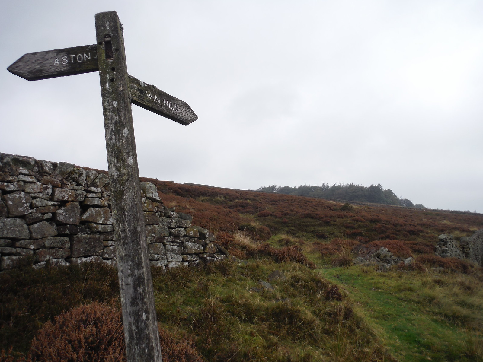 Signpost on Thornhill Carrs SWC Walk 302 - Bamford to Edale (via Win Hill and Great Ridge)