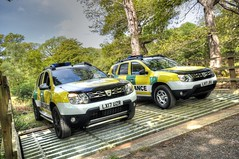 QML Dacia Duster Ambulances