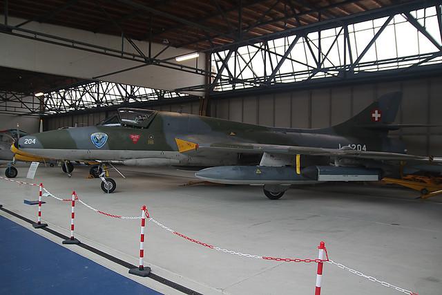 J-4204