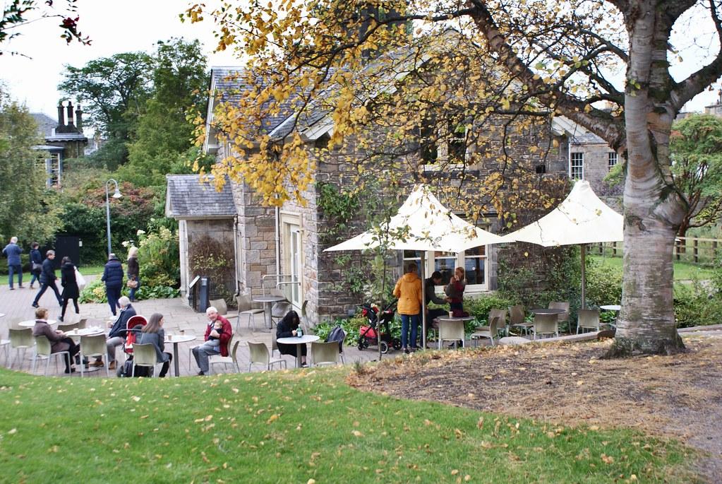 Café auprès de l'entrée secondaire du jardin botanique d'Edimbourg.