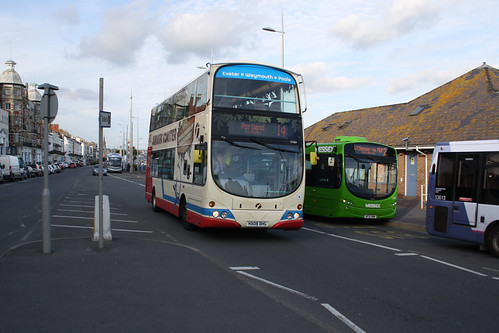 First Hampshire & Dorset 37584 HX08DHG