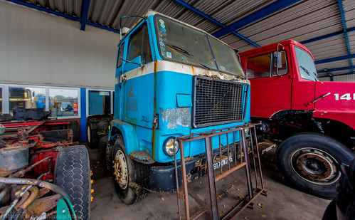 Some more Photos from Leo Bol's Vintage Truck Restoration Premises in Holland...