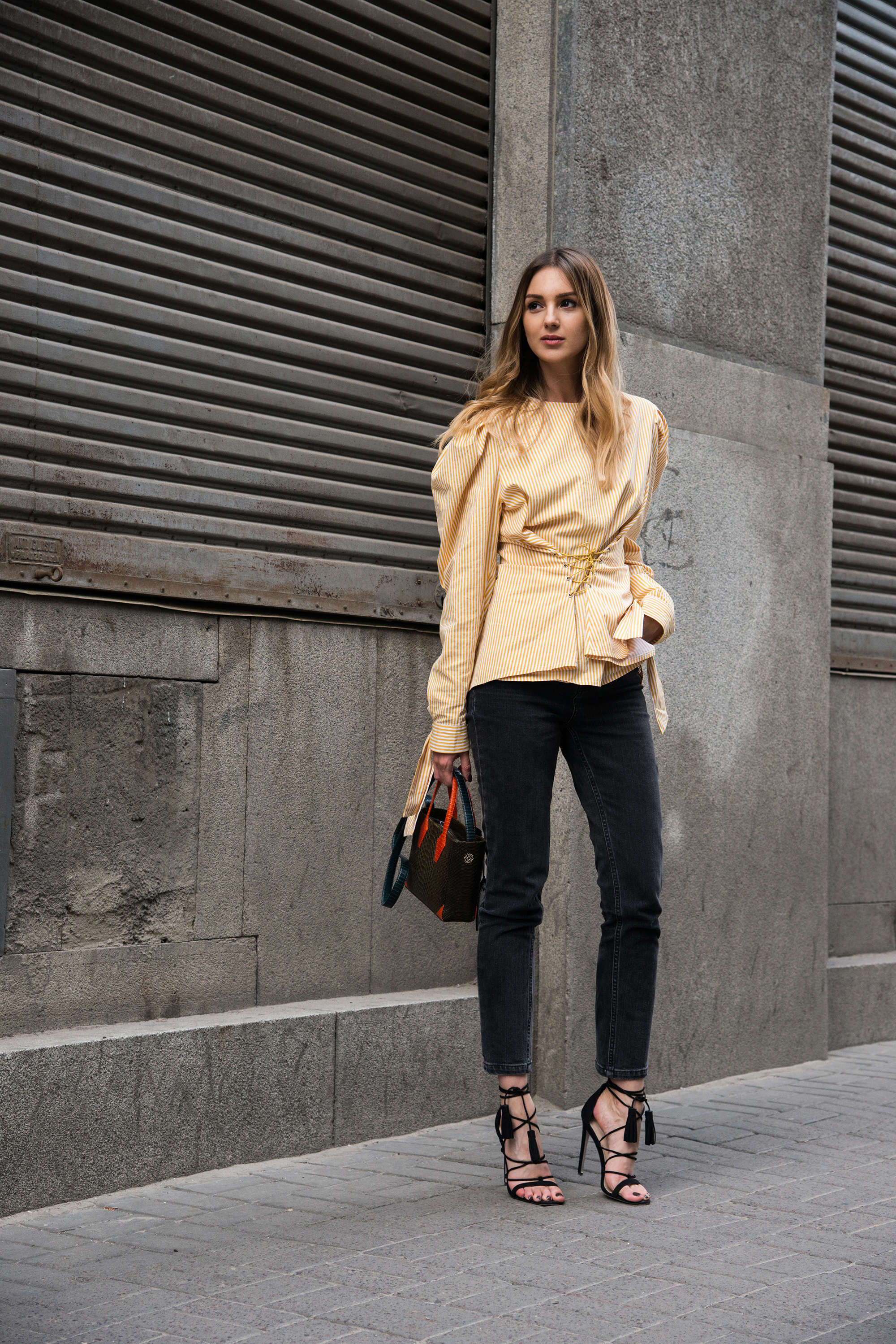 oversized-top-puffy-sleeves-lace-up-heels-street-style