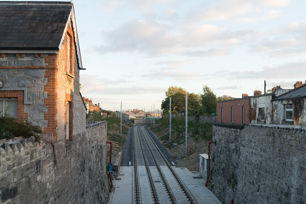 THE NEW LUAS TRAM STOP AT PHIBSBOROUGH [LOOKING BACK TO THE GRANGEGORMAN STOP]-133108