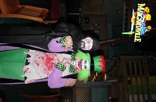 Halloween Costume Party At Margaritaville Amp Landshark