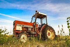 Tractor - Photo of Cazedarnes