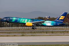 TF-FIU Icelandair Boeing 757-256(WL) painted in Aurora (Northern Lights) special colours (FRA - EDDF)