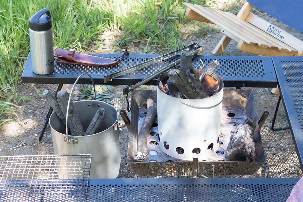 キャプテンスタッグ 火おこし器セット 使用例