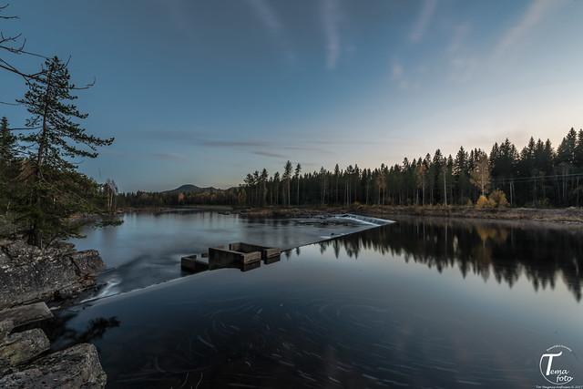 Lågen i høstfarger - Tor Magnus Anfinsen - Tema Foto - visning6