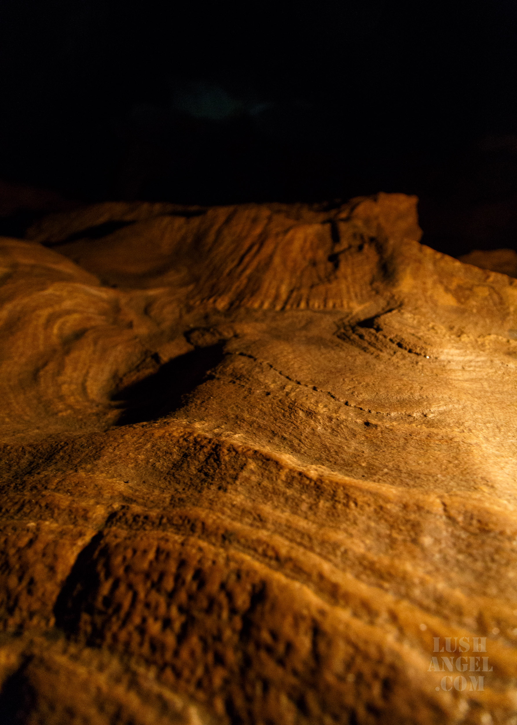 cave-tour-philippines