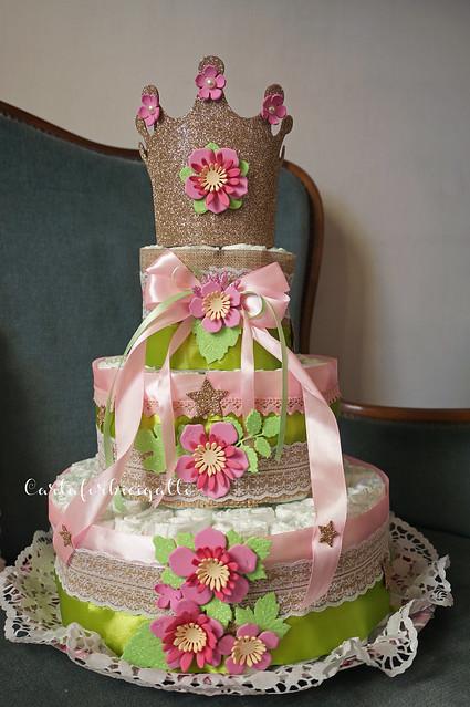 Torta di pannolini fatta a mano - Handmade Diaper cake