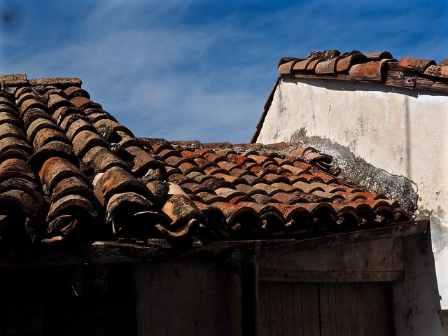 Tiled Roof in Neive