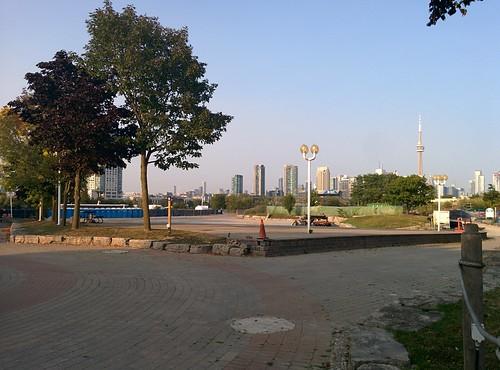 Back towards the city #toronto #ontarioplace #skyline #cntower #latergram