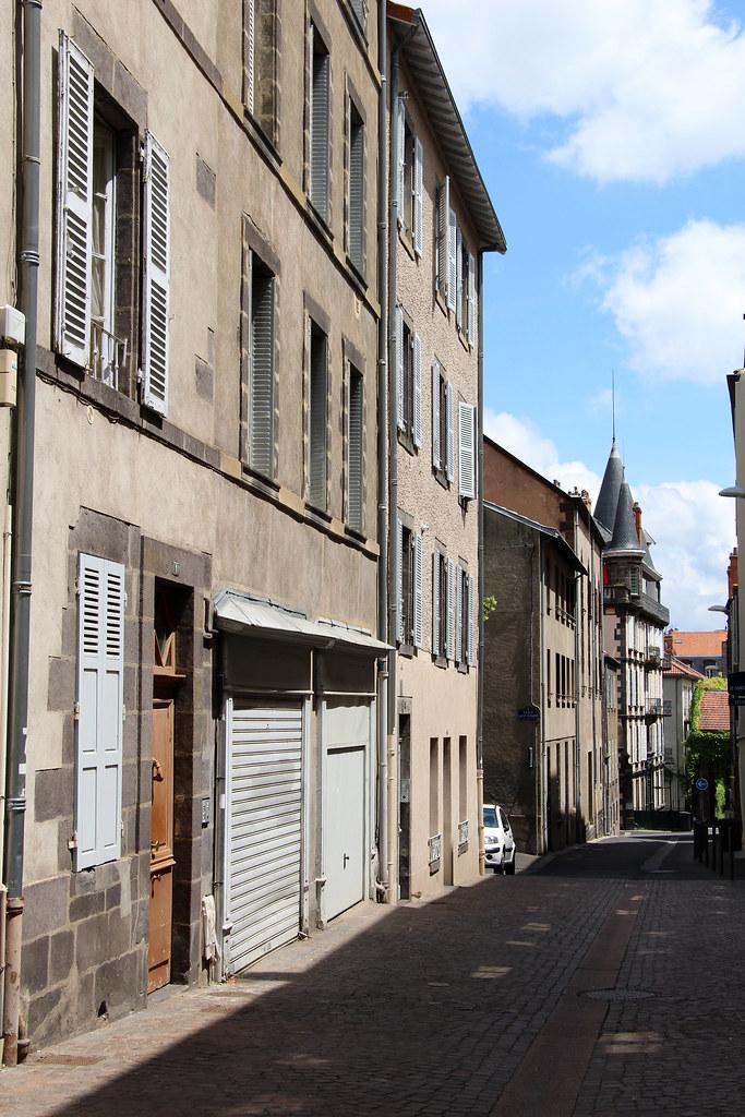 Clermont ferrand auvergne france tripcarta for Logis du puy ferrand
