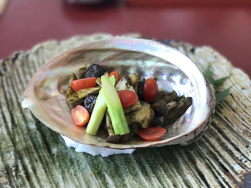 Steamed Nami Abalone in Kimo Sauce