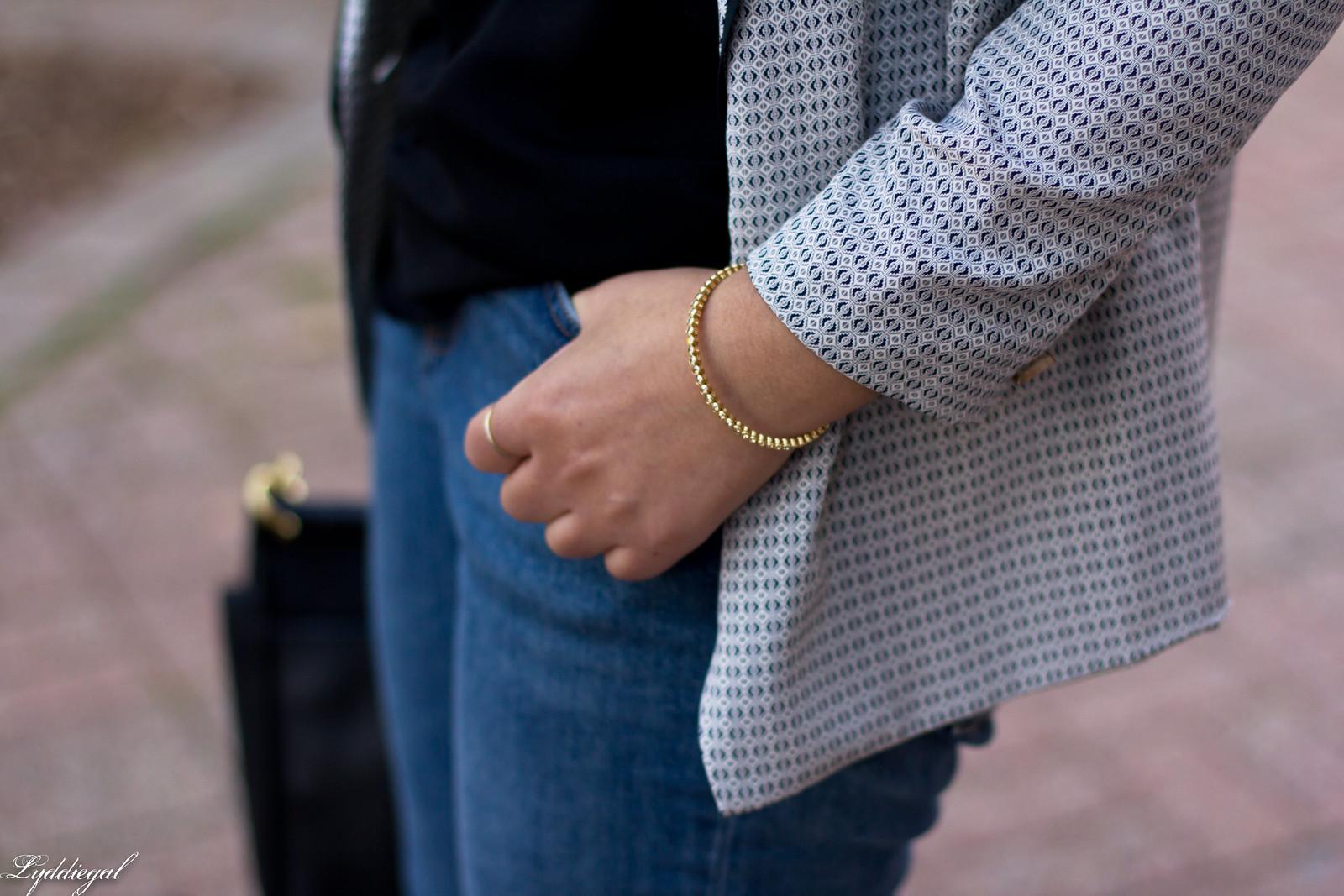 silk printed blazer, scalloped cammi, boyfriend jeans-9
