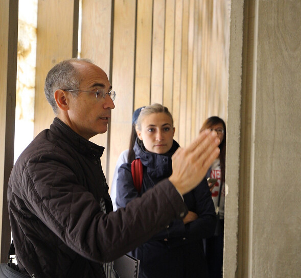 Visiting Associate Professor Fernando Tabuenca describes the concrete pour and cast of his building, San Jorge Mi Casita. photo / Stephanie Cheung (B.Arch. '18)