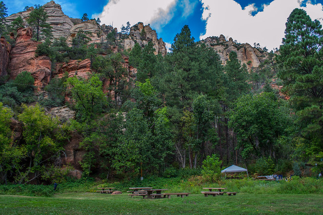 Camping: Cave Springs Campground