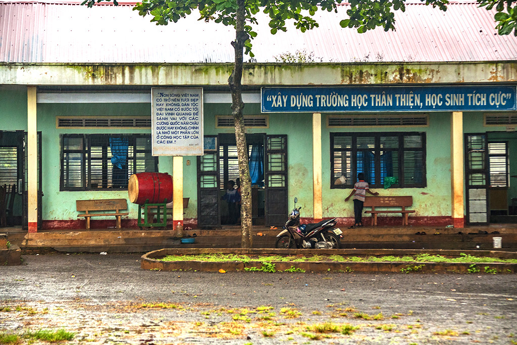 Elementary school--Ea Kly
