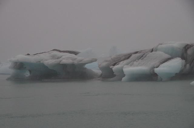 Icebergs, Jokulslarlon, Iceland, Pentax K-30, Sigma 18-250mm F3.5-6.3 DC Macro HSM