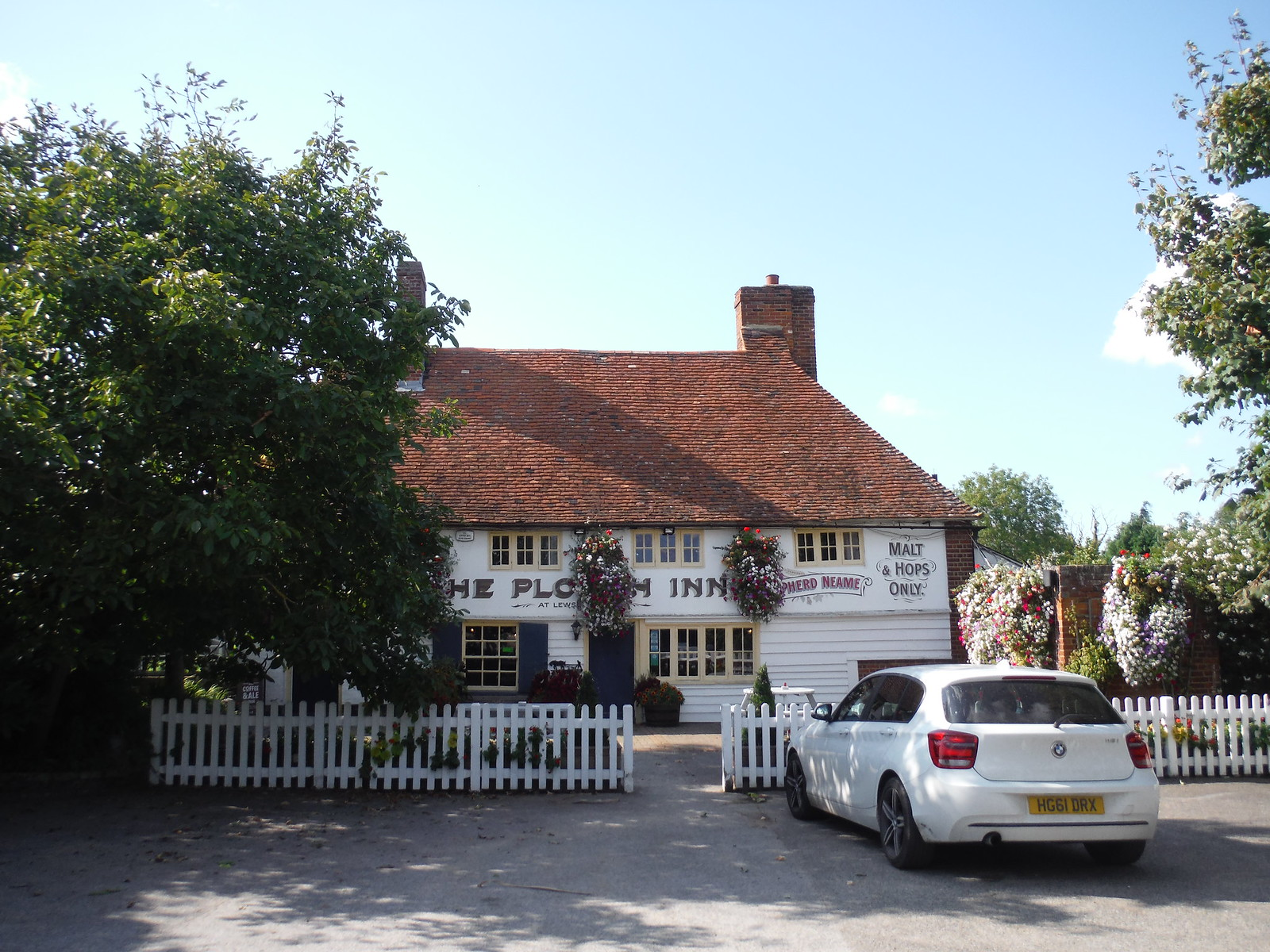 The Plough Inn, Lewson Street SWC Walk 299 - Teynham to Faversham (Morning Extension)