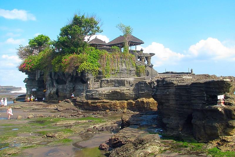 Bali Indonesia Surfers Paradise