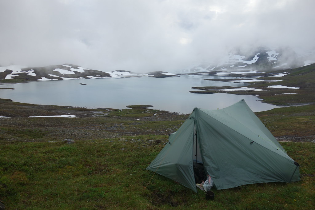 First nights camp spot at Storelvvatnan.