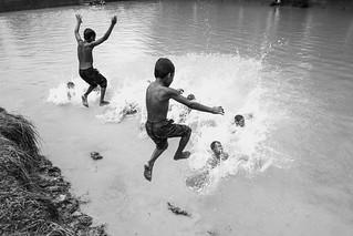 A splashing fun!
