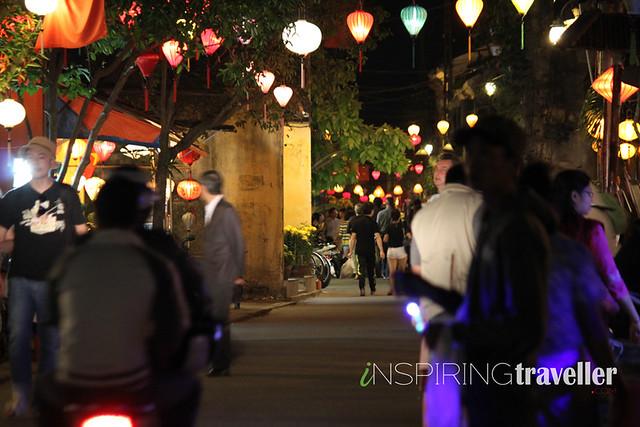night-market-hoi-an