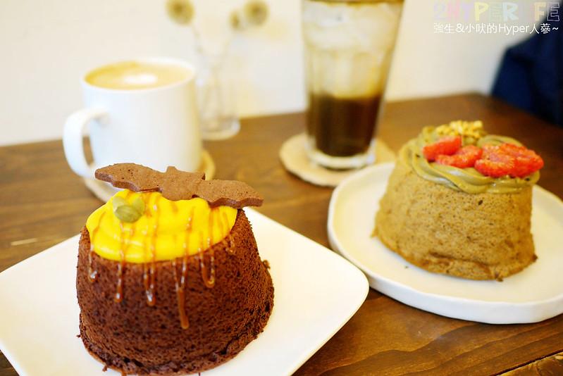小麥菓子│無油戚風蛋糕軟嫩好吃~口味選擇變化多,最近還有萬聖節期間限定口味喔!