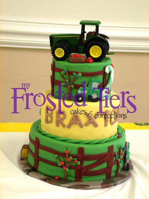 Cake by My Frosted Tiers