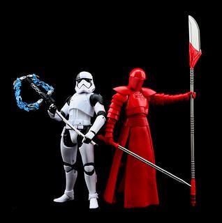 士兵們、復興帝國的重責大任就交給你們啦!孩之寶《星際大戰:最後的絕地武士》「黑標6吋人物組」風暴兵處刑者&菁英禁衛兵
