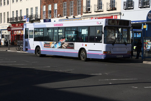 First Hampshire & Dorset 42954 WX06OML