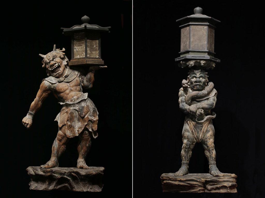 左)国宝《天燈鬼立像》右)国宝《龍燈鬼立像》康弁作(奈良・興福寺蔵)写真:六田知弘